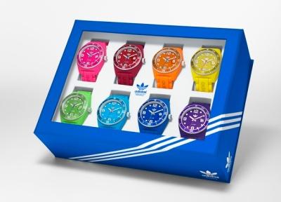 Montres Adidas colorées pour l'été